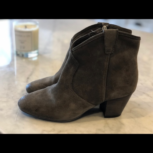 Ash Shoes - Bootie. Ankle. Heel. Great condition. So cute
